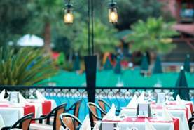 - Sun City Beach Club, Oludeniz, Turcia