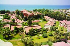 - Horus Paradise Luxury Resort, Side, Turcia